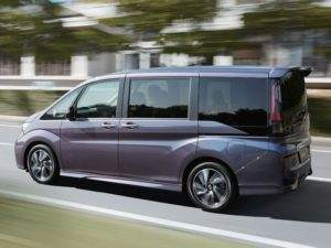 Honda Stepwagon 3